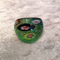 ガラスの指輪